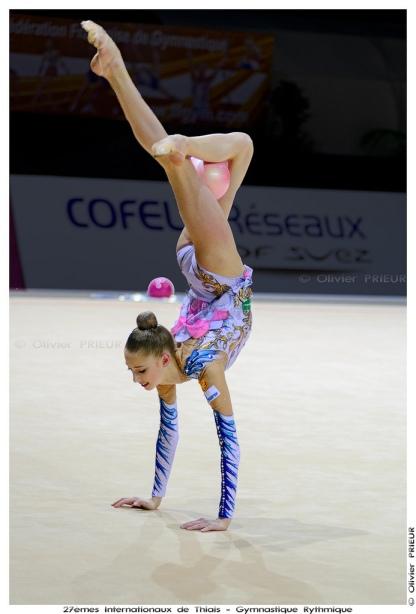 Maria Titova-Ball-AA-GP Thiais 2013-by Olivier PRIEUR